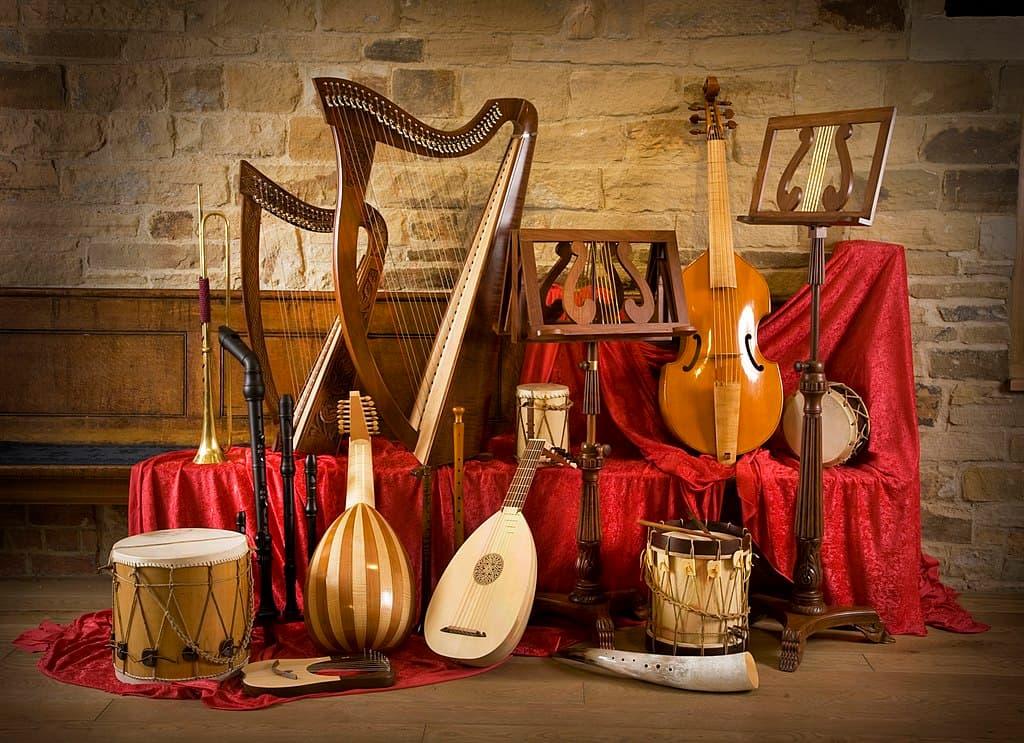 Selección de instrumentos musicales del Renacimiento.