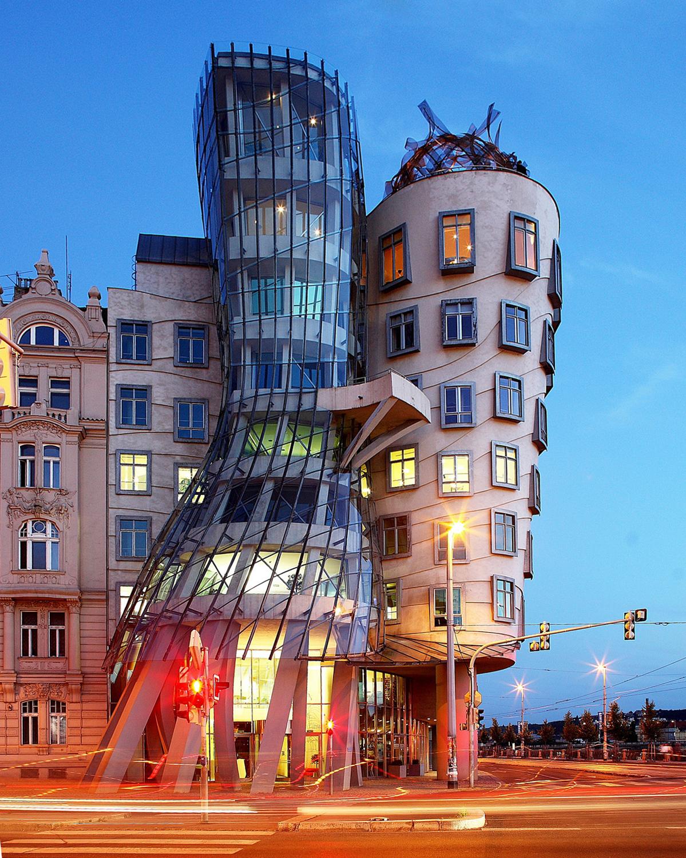 Casa Danzante, Vlado Milunić y Frank Gehry.