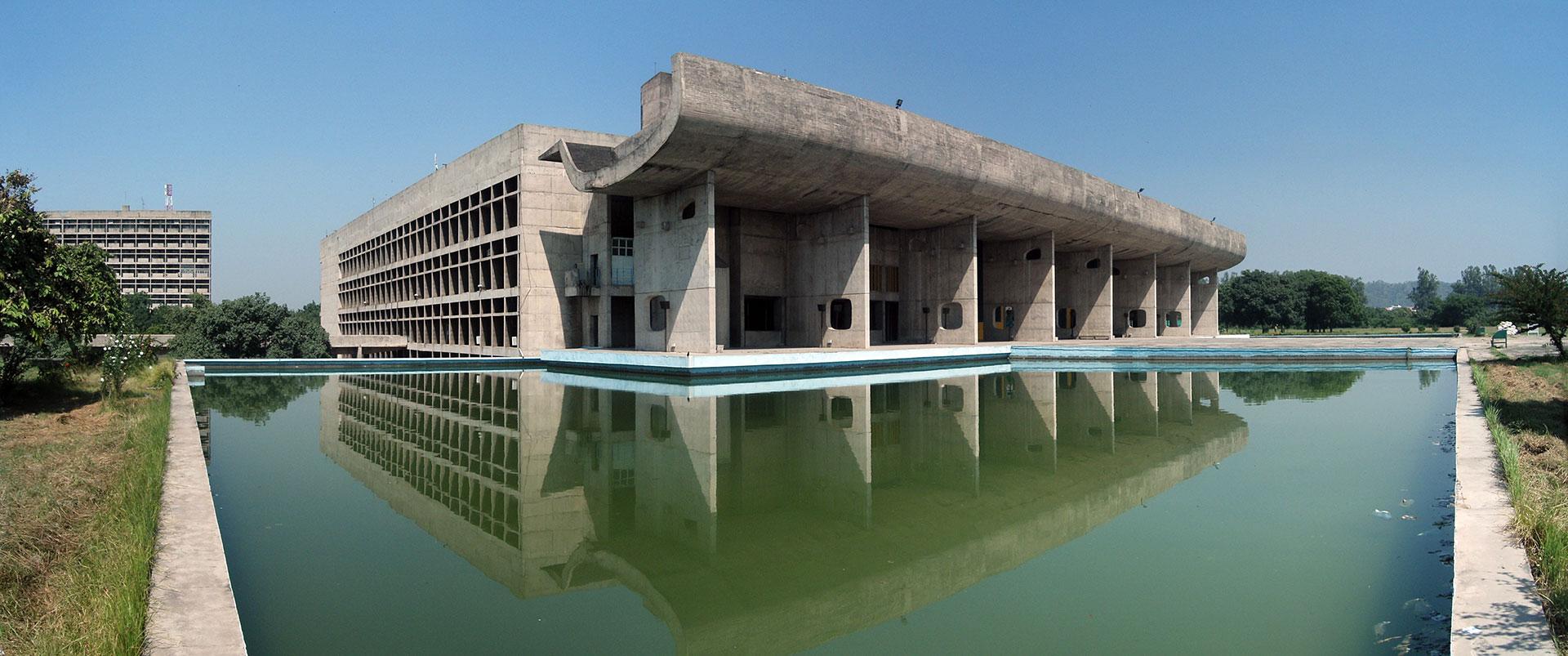 Asamblea de Chandigarh, Le Corbusier.
